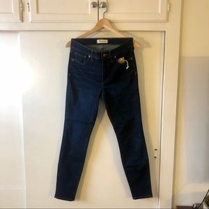 "Madewell 9"" High Rise Skinny Sz 28 Super Soft"